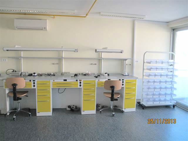 ... per i laboratori odontotecnici  mobili studio dentistico  mobili per